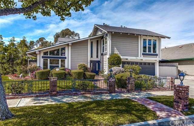 2715 Medford Place, Fullerton, CA 92835