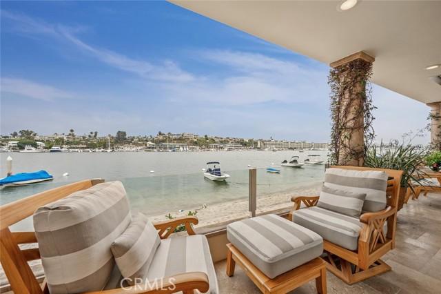 306 Via Lido Nord, Newport Beach, CA 92663