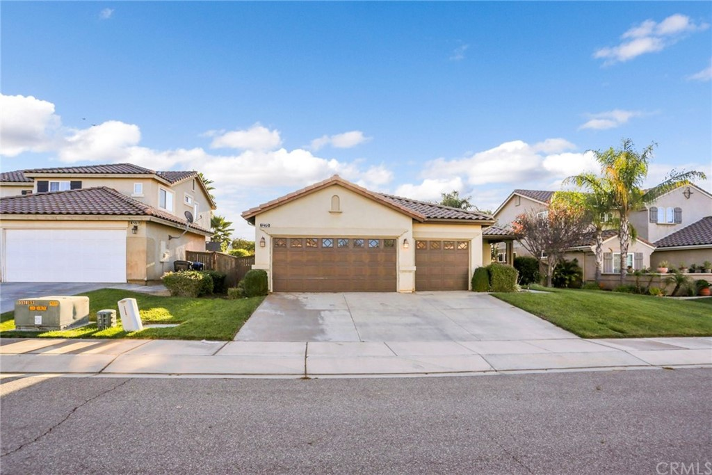 1270     Silver Torch Drive, Beaumont CA 92223