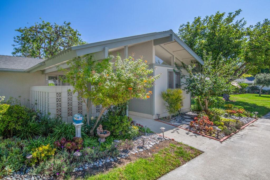 Photo of 430 Avenida Sevilla #B, Laguna Woods, CA 92637