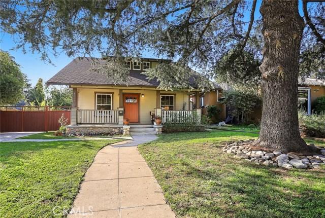 1557 N El Molino Avenue, Pasadena, CA 91104
