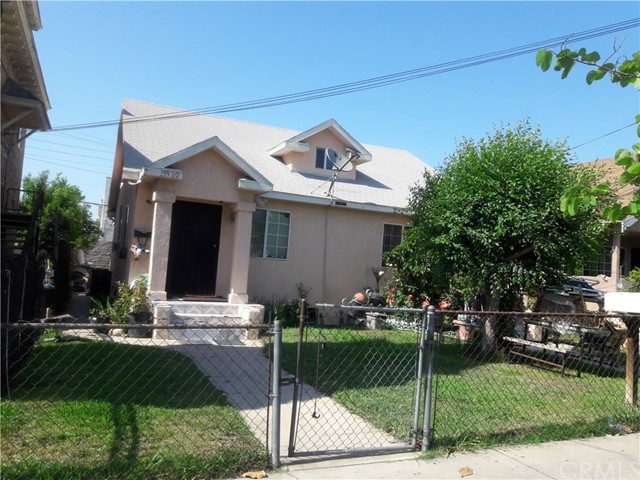 237 W 46th Street, Los Angeles, CA 90037
