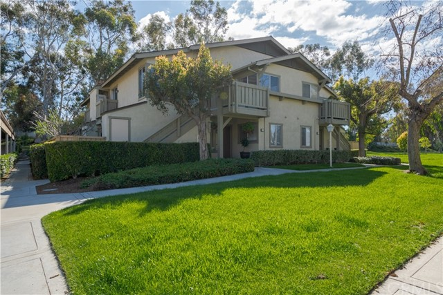 32 Clearbrook 63, Irvine, CA 92614