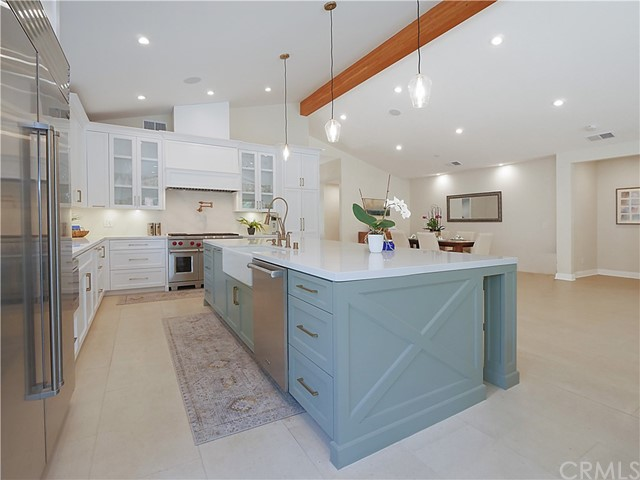 7. 19 Dapplegray Lane Rolling Hills Estates, CA 90274