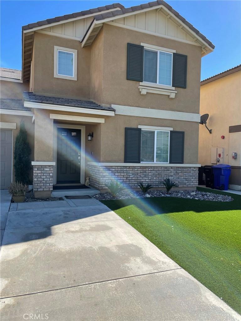 16943     Beachwood Lane, Fontana CA 92336