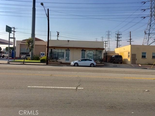 17041 Lakewood Boulevard, Bellflower, CA 90706