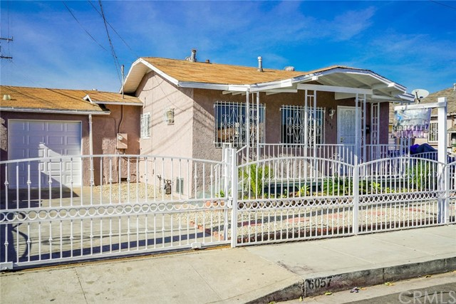 6057 Woodlawn Avenue, Maywood, CA 90270