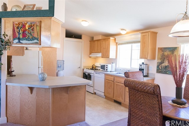 9520 Rocky Creek Rd, Lower Lake, CA 95457 Photo 2