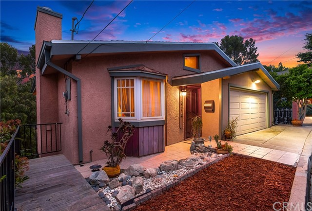 974 Oneonta Drive, Los Angeles, CA 90065