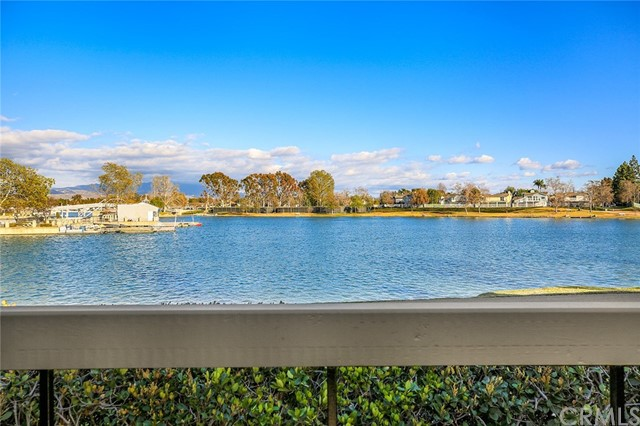 17 Bridgewood, Irvine, CA 92604 Photo 2