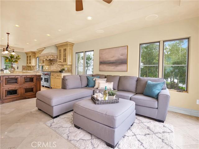 11. 1012 Via Mirabel Palos Verdes Estates, CA 90274