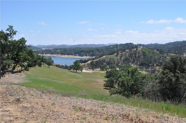 3710 Red Oak Lane, Paso Robles, CA 93446