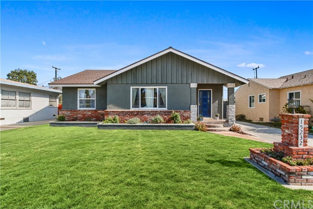 Photo of 15232 Fonthill Avenue, Lawndale, CA 90260