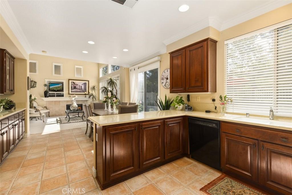 Photo of 48 Woodsong, Rancho Santa Margarita, CA 92688