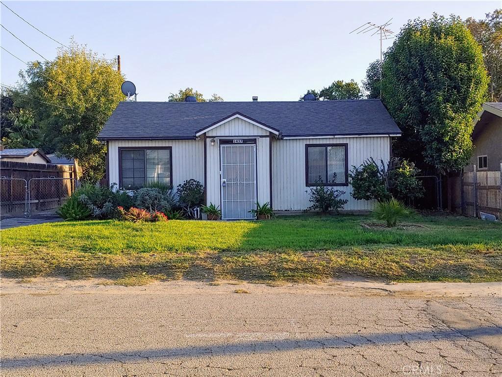1437     Gould Street, San Bernardino CA 92408