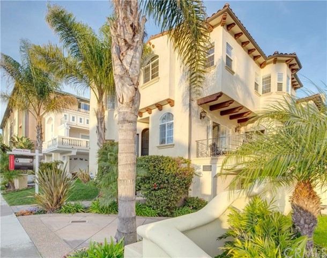 1208 Catalina Avenue A, Redondo Beach, California 90277, 4 Bedrooms Bedrooms, ,4 BathroomsBathrooms,For Rent,Catalina,PV21029010