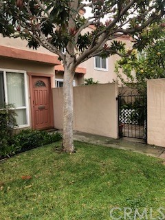 3504 Del Amo Boulevard, Torrance, California 90503, 3 Bedrooms Bedrooms, ,2 BathroomsBathrooms,Townhouse,For Sale,Del Amo,SB18290784
