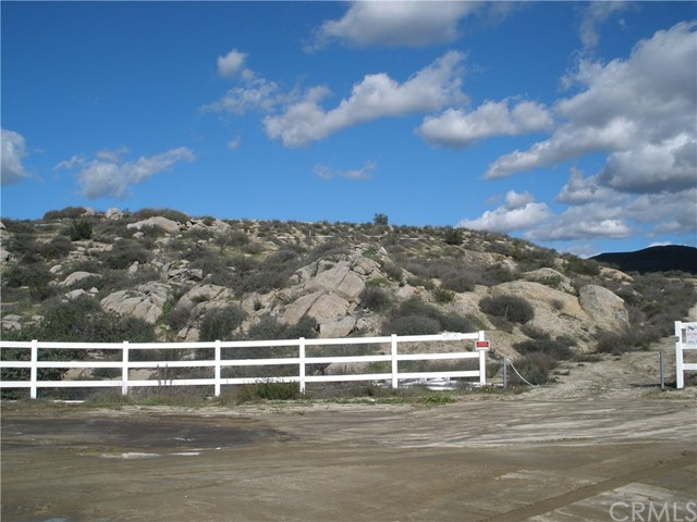2 Shaded Up Court. Lot#2, Temecula, CA  Photo 3