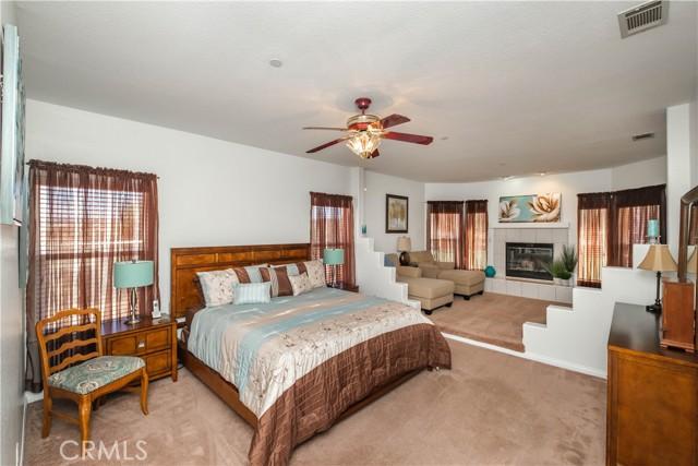9875 Alta Mesa Rd, Oak Hills, CA 92344 Photo 2