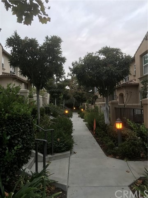 68 New Season, Irvine, CA 92602 Photo
