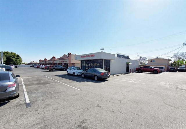 1614 S Standard Avenue, Santa Ana, CA 92707