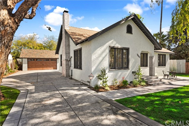 2820 Lincoln Avenue, Altadena, CA 91001