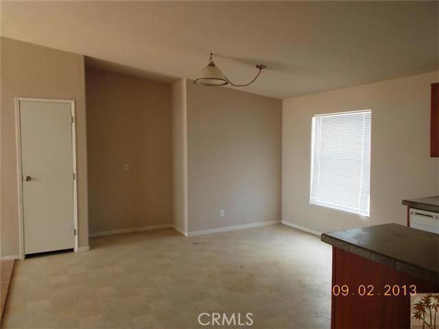 60422 Stearman Rd, Landers, CA 92285 Photo 9