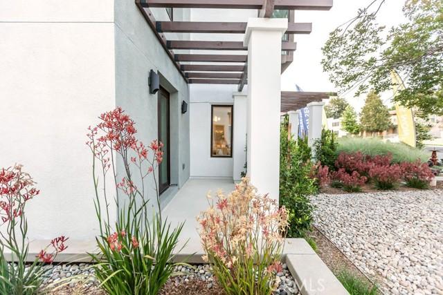 26. 719 S Marengo Avenue #1 Pasadena, CA 91106
