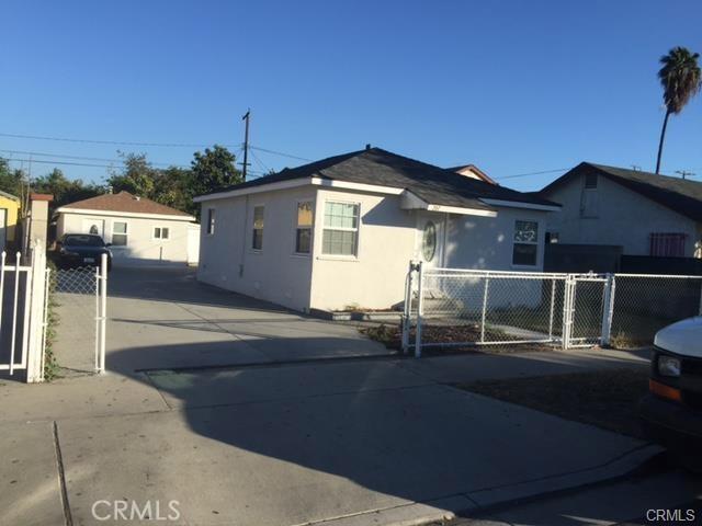 207 N Figueroa Street, Santa Ana, CA 92703