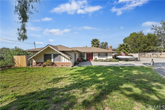 Photo of 607 6th Street, Norco, CA 92860