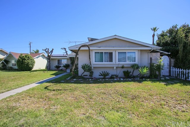 10322 Dale Avenue, Stanton, CA 90680