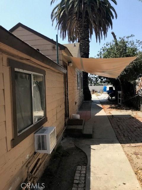 Image 3 of 4006 W Hazard Ave, Santa Ana, CA 92703