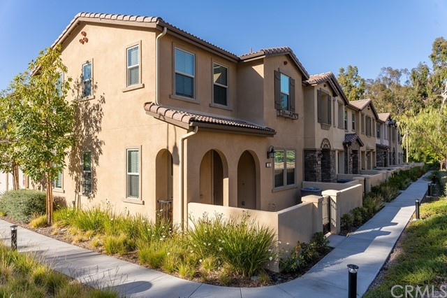 352 S Auburn Heights Ln, Anaheim Hills, CA 92807 Photo