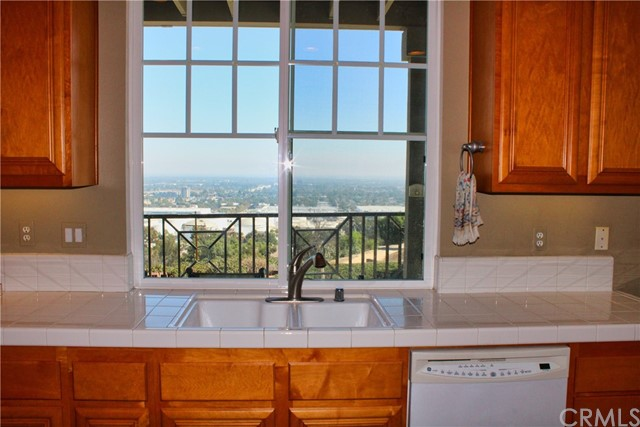 Photo of 2599 Eastwind Way, Signal Hill, CA 90755