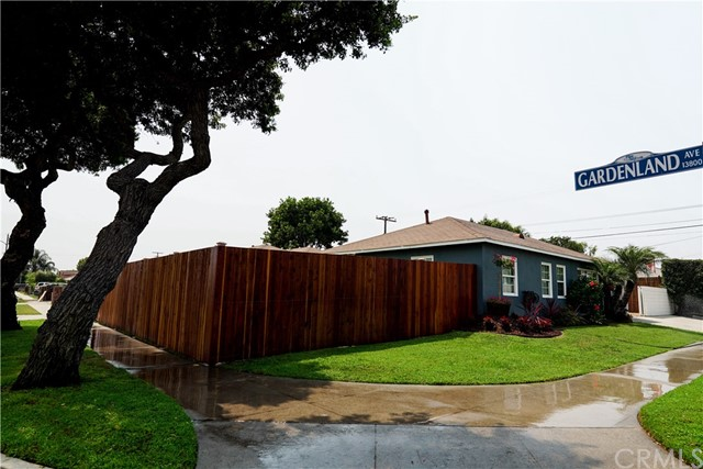 10416 Arthurdale Street, Bellflower, California 90706, 3 Bedrooms Bedrooms, ,1 BathroomBathrooms,Single Family Residence,For Sale,Arthurdale,PW20172762