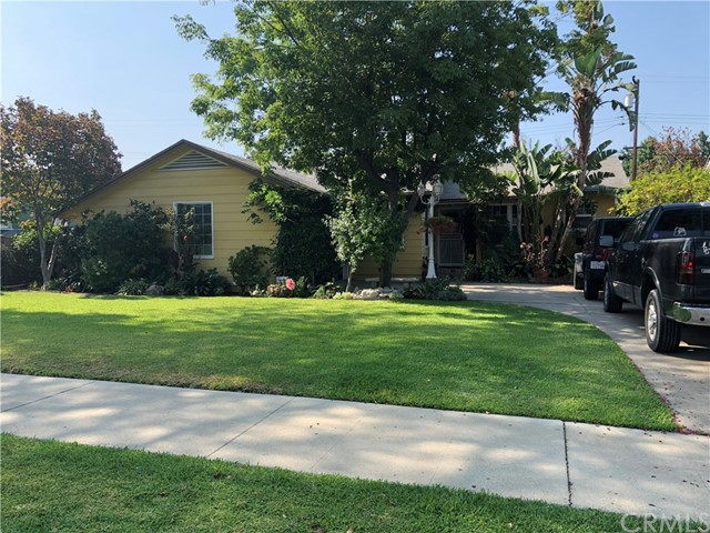 924 Russell Place, Pomona, CA 91767