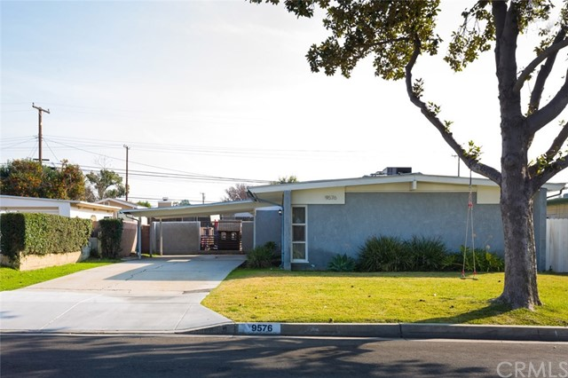 9576 Mina Avenue, Whittier, CA 90605