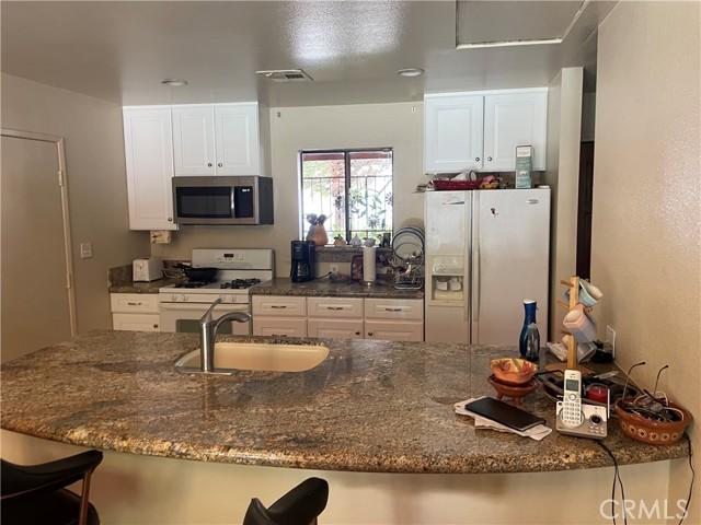 1380 E Adobe Way, Palm Springs, CA 92262