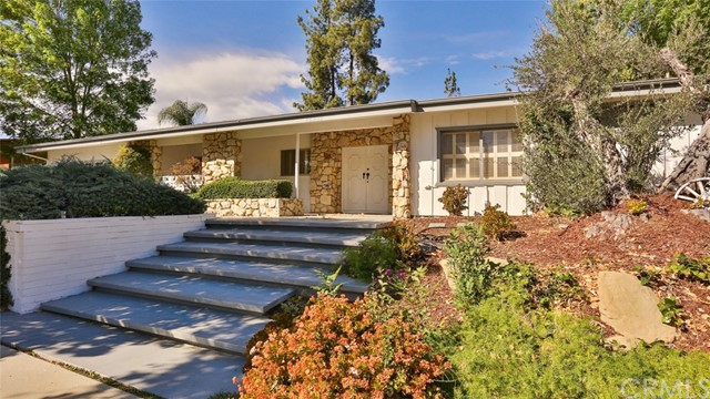 24221 Aetna Street, Woodland Hills, CA 91367