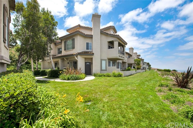 7853 E Viewrim Drive, Anaheim Hills, CA 92808