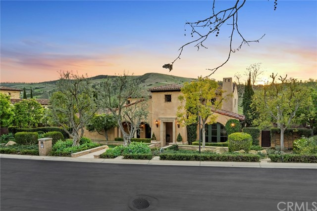 25 Black Hawk, Irvine, CA 92603