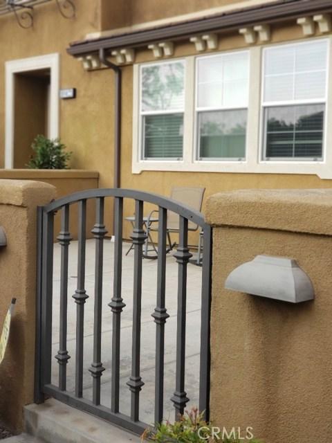 10427 Sycamore Ln, Santa Fe Springs, CA 90670