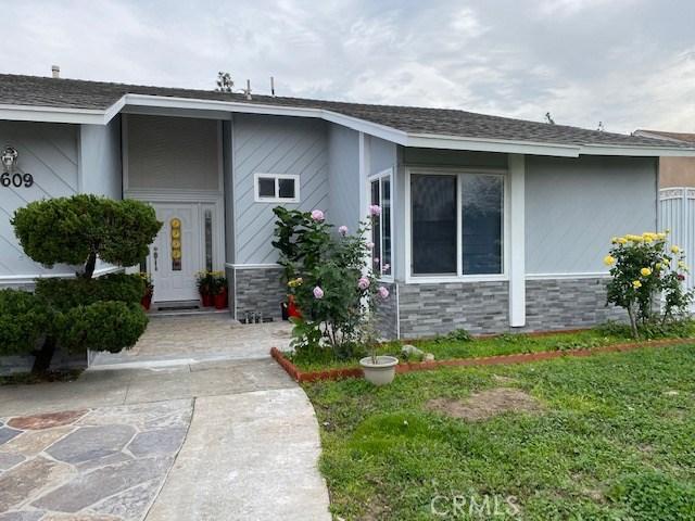 609 Dennis, Santa Ana, CA 92704