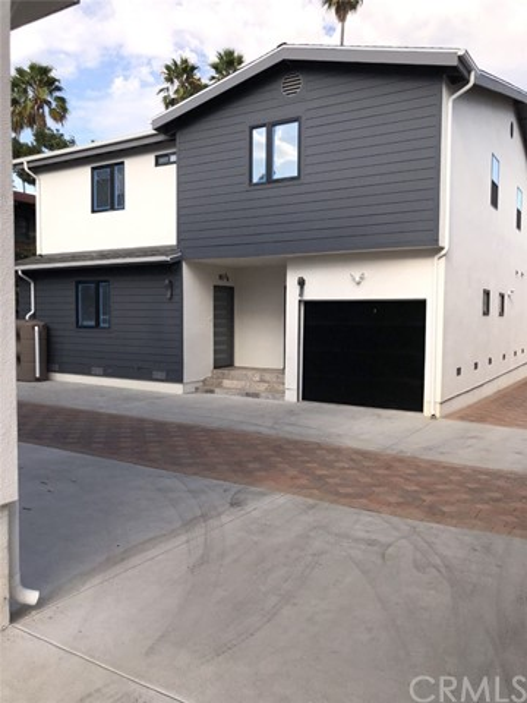 817 N Mariposa, Hollywood, CA 90029