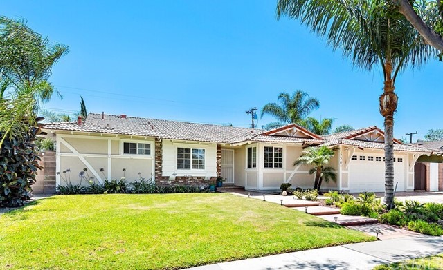 1728 Marcella Lane, Santa Ana, CA 92706