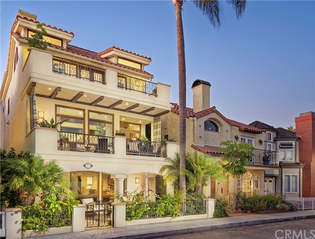 159 Angelo Walk, Long Beach, CA 90803