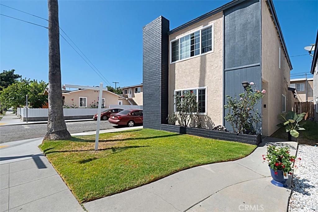 205   E Morningside Street, Long Beach CA 90805
