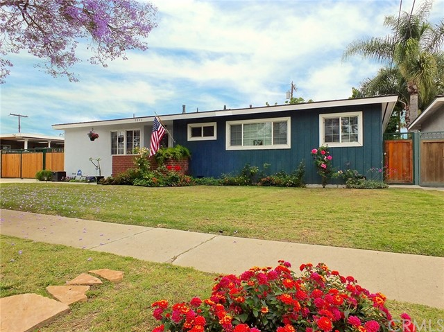 5840 E Conant Street, Long Beach, CA 90808