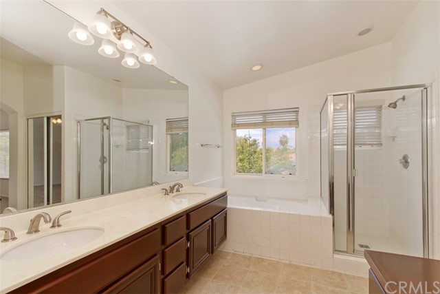 32224 Via Almazan, Temecula, CA 92592 Photo 25