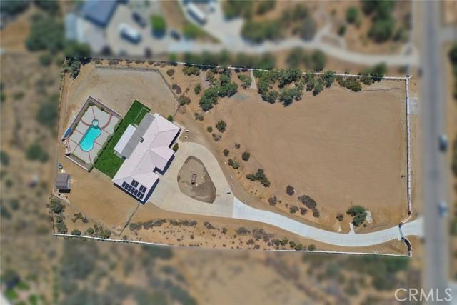 10224 Whitehaven St, Oak Hills, CA 92344 Photo 4